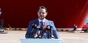 Berat Albayrak ile Vatandaş Arasındaki İlginç Diyalog: 'Cumhurbaşkanımız Ay'a Kadar 4 Şeritli Yol Yapacağım Dese, İnanırız'