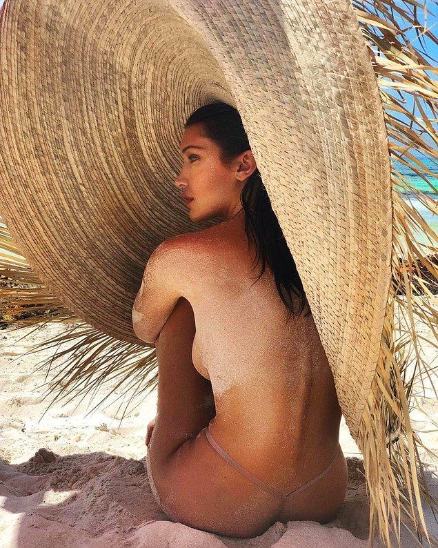 2. Kendall Jenner demişken, yakın arkadaşı Bella Hadid'in son pozunu da eklemek lazım.