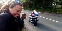 """Dünyanın En Tehlikeli Yarışı """"Isle of Man TT""""yi İzleyen İnsanların Verdiği Efsane Tepkiler"""