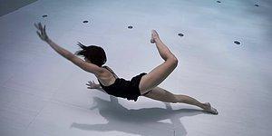 Dünyanın En Derin Havuzunda Gerçekleştirilen Su Altı Koreografisi ile Mükemmel Bir Kısa Film Keyfi