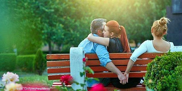 3. Hadi bize gerçeği söyle, sevgilinin yakın arkadaşıyla bir şeyler yaşar mısın?