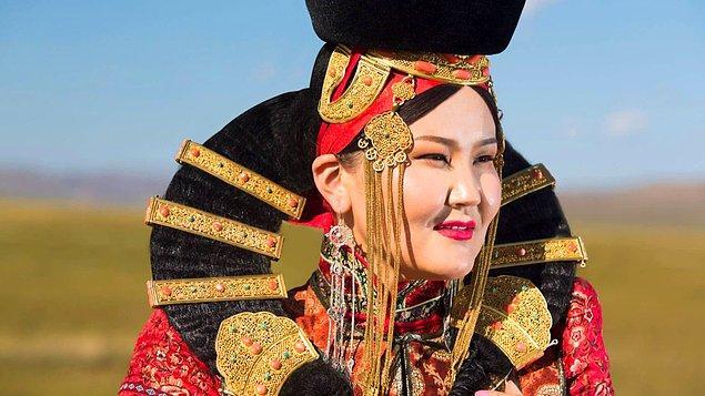 8. Moğolca