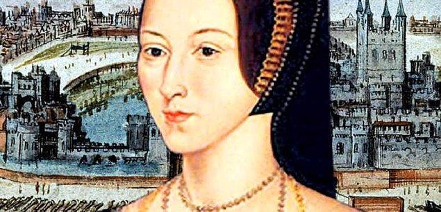 11. Anne ve ailesi, koyu Protestan idi ve Henry üzerindeki güçlerini kullanarak Katolik Kilisesi'nde reform yapılmasına ön ayak oldular. Hatta Boleyn'ler için Luther'dan çok Luther'cı deniliyordu.