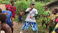 Figürleriyle Papua Yeni Gineli Çocukların Gününü Neşelendiren Koreli Dansçı