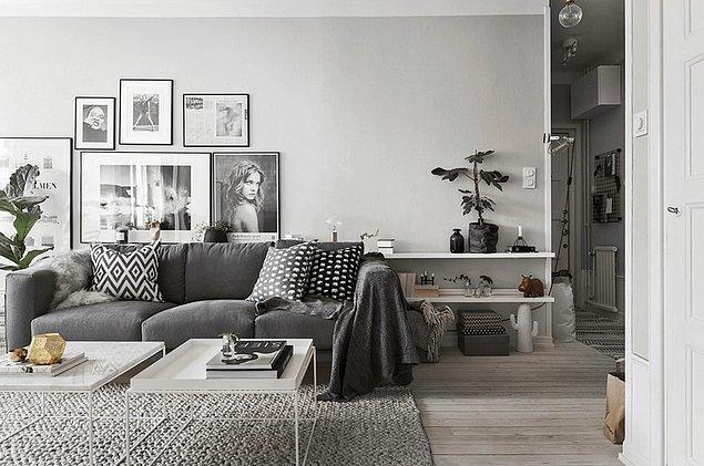 15. Yalnızca grinin tonları kullanılarak tasarlanan bu oturma odası, monokrom tarzın en iyi örneği olabilir.