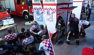 Çeyrek Finalde Turu Getirecek Penaltıyı Gelen İhbardan Dolayı Saniyeyle Kaçıran Hırvat İtfaiyeciler