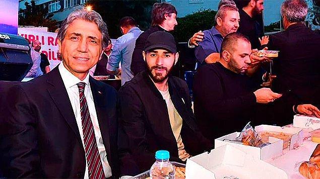 14. Real Madrid'in yıldız futbolcusu Karim Benzema, İstanbul Fatih'te iftara götürüldü.