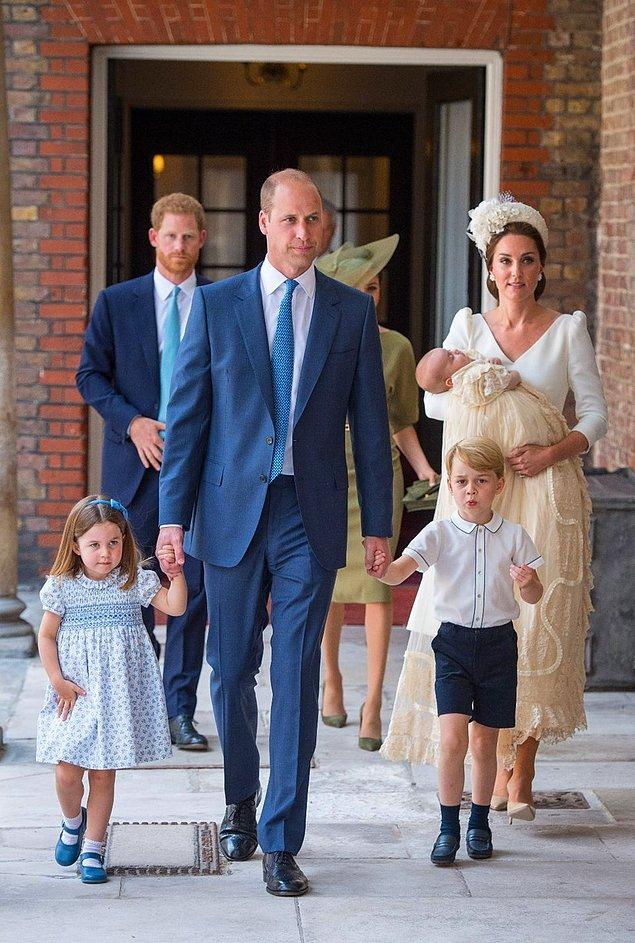 Henüz 12 haftalık olan Prens Louis'nin abisi ve ablası ile birlikte daha çoook adını duyacağız ilerleyen zamanlarda!