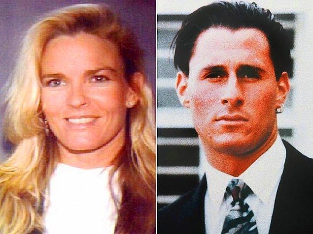 Nicole Brown ve arkadaşı 1994 yılının 12 Haziran'ında Simpson'dan boşandıktan sonra taşındığı evin hemen önünde ölü bulundu.