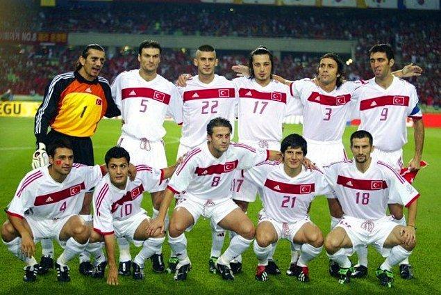 """""""Biz dünya üçüncüsü olarak çıtayı çok yükselttik. Ama buna rağmen eğer 2002'deki şampiyonada ülkemizin başında Sayın Recep Tayyip Erdoğan olsaydı, biz final oynardık."""""""