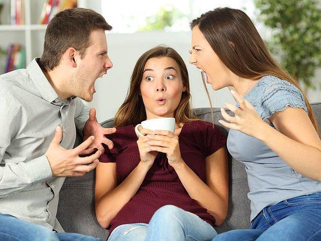 6. Tek mi yaşıyorsun yoksa ailenle mi?
