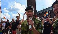 İsveç Genelkurmay Başkanı General Micael Bydén, Avrupa Onur Yürüyüşü'nde Elvis Şarkısı Söyledi