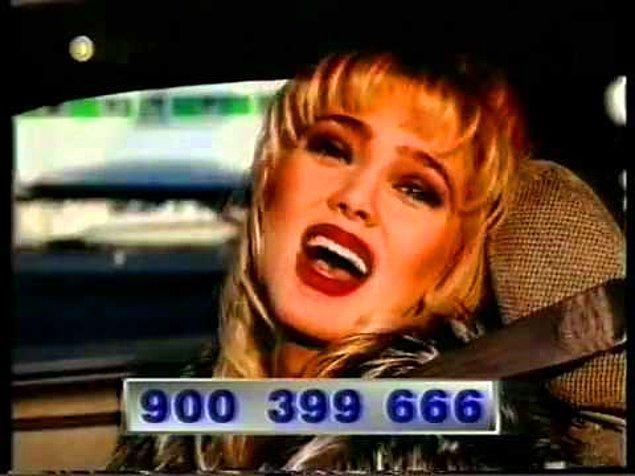 """5. Oryantal Sibel Gökçe'nin, """"Ara beni, boya beni..."""" diyerek 900'lü hatlar için reklam yapması"""