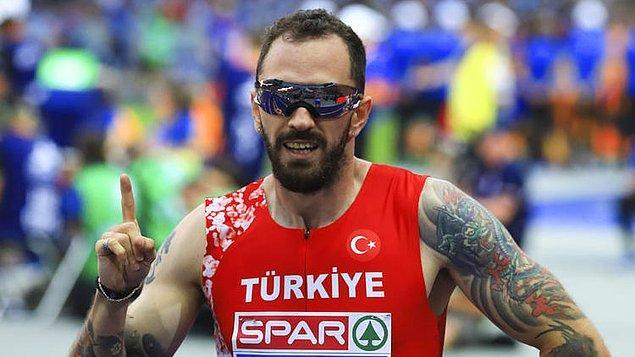 Almanya'nın başkenti Berlin'de düzenlenen Avrupa Atletizm Şampiyonası'nda milli atlet Ramil Guliyev, erkekler 200 metre yarı finalinde birinci olarak finale yükselmişti.