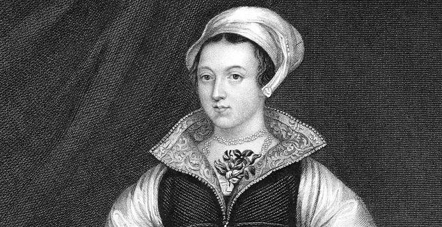 Kral VI. Edward'ın kuzeni olan Jane Grey, ailesi tarafından özenle yetiştirilmiş bir genç kızdı. Latince, Yunanca ve İbranice biliyor; Fransızca ve İtalyancayı ana dili gibi konuşuyordu.