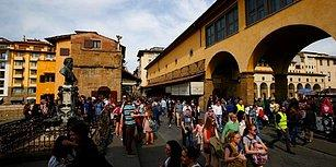 Uymayana 500 Euro Ceza: Floransa Sokaklarında Durarak veya Oturarak Yemek Yemek Yasaklandı