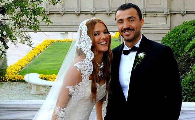 Evet, eşi Okan Kurt ile bugün mahkemeye giderek resmi bir şekilde boşanma işlemlerini başlattı!