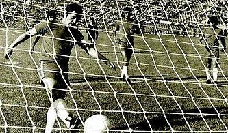 Dünya Futbol Tarihinin En Onursuz Golünün Acı Hikâyesi