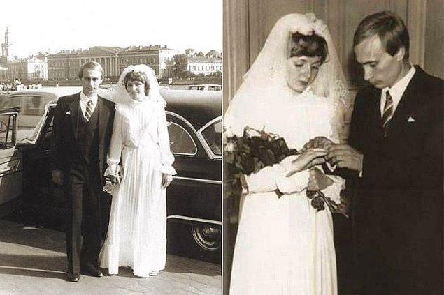 1983'te Putin henüz bir KGB ajanıyken evlenen çiftin iki de kızı var.