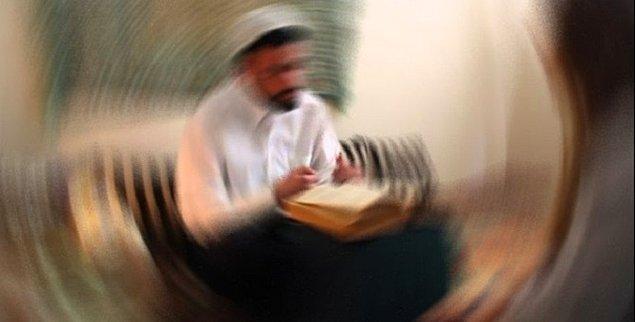 10. Kırık - çıkıkları cinlerle tedavi ettiğini söyleyerek babasının yanında 17 yaşındaki kızı taciz eden M.Ş.