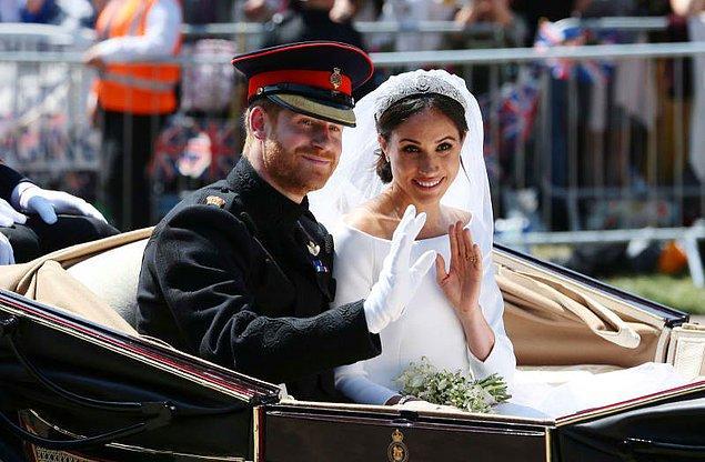 11. Daha sonra Prens Harry ve Meghan Markle da pahalı kraliyet düğünü geleneğini sürdürdü. Düğünleri için toplamda 45.8 milyon dolar harcandı.