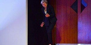 İngiltere Başbakanı Theresa May, Sahneye Çıkarken 'Dancing Queen' Şarkısı Eşliğinde Dans Etti