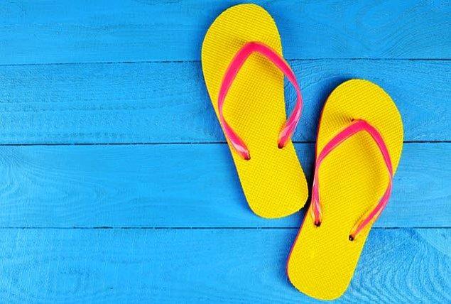 3. İtalya'daki Capri Adası'nda parmak arası terlik giymek yasak!