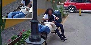 Gideceği Yolu Google Maps'te Ararken Onu Aldatan Eşini Gören Adamın Trajikomik Hikayesi