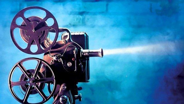 Dünya sinemasının en iyilerini belirlemek için 43 ülkeden 209 film eleştirmeni seçildi.