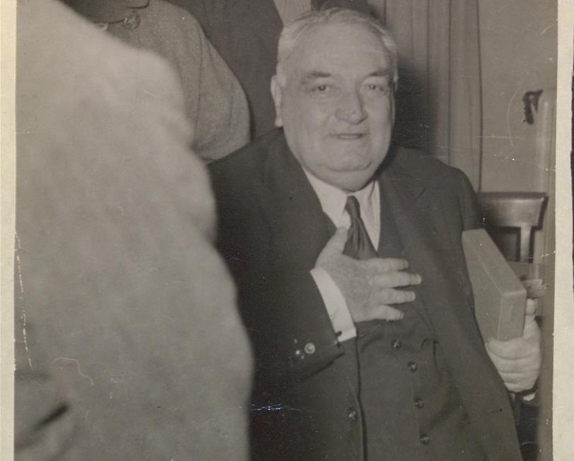 ölümünün 60 Yılında Hayatı Ve Unutulmaz Eserleriyle Yahya Kemal