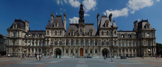 1. L'Hôtel de Ville, Fransa.