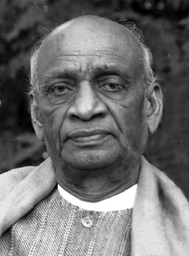 Sardar Vallabhbhai Patel, Hindistan'ın en önemli sosyal ve politik liderlerinden biriydi. Hindistan'ın özgürlük mücadelesinde önemli rol oynadı.