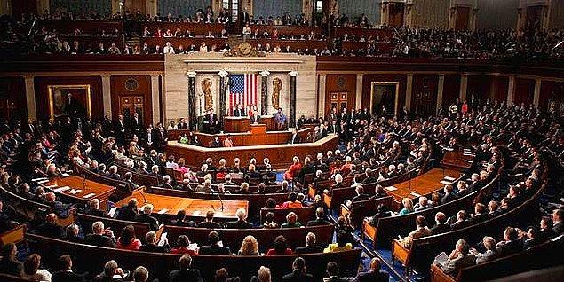 Senato'da ise Cumhuriyetçilerin mevcut çoğunluğunu koruyacağı öngörülüyor.