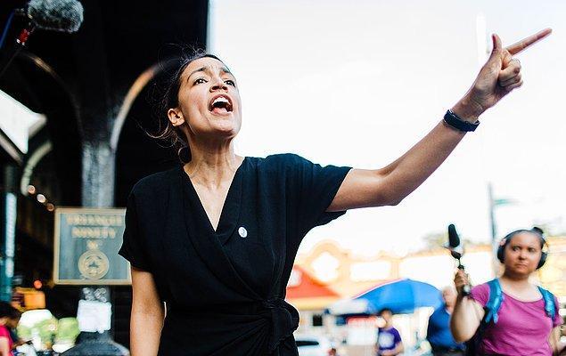 29 yaşındaki Alexandria Ocasio-Cortez, bugüne kadar Temsilciler Meclisi'ne giren en genç üye sıfatına sahip oldu.
