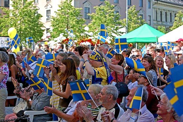 İsveç ile Hollanda hem dünya hem de Avrupa sıralamasında 70.72 ve 70.31 puanla ilk iki sırayı aldığı araştırmada, Türkiye kendisine 88 ülke arasında 73. sırada yer bulabildi.