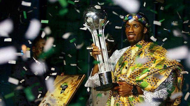2006 yılında ise Yılın Afrikalı Futbolcusu seçildi.