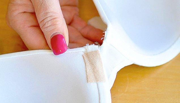 15. Son olarak da sütyen telinin aniden çıkıp tüm gününü rezil etmesi...