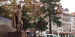 Çorlu'da Atatürk Anıtına Baltalı Saldırı: Saldırgan Gözaltına Alındı