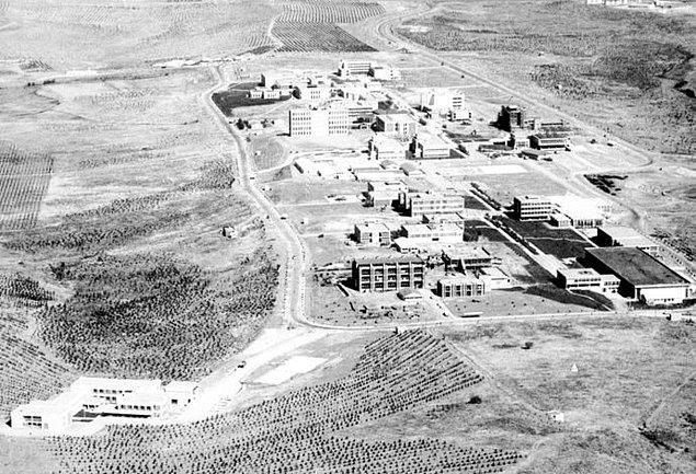 4. 15 Kasım 1956 yılında Orta Doğu Teknik Üniversitesi kuruldu.