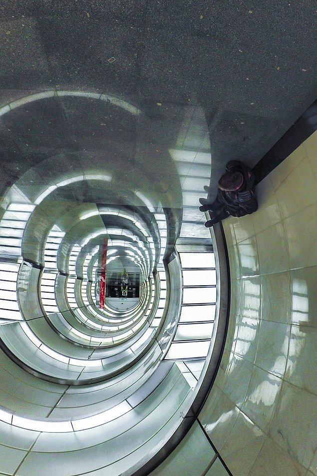 10. Moskova metrosundan daha havalısını görmedik!