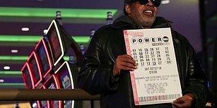 Azmin Zaferi! 25 Yıldır Aynı Sayılarla Loto Oynayan Adam 343,9 Milyon Dolarlık İkramiyeyi Kazandı