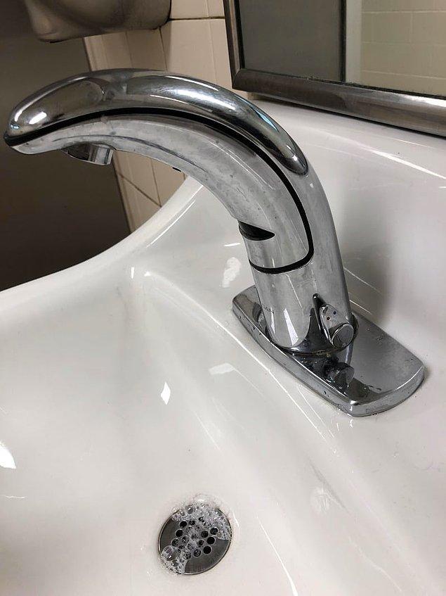 7. Otomatik lavabolarda da suyun sıcaklığını değiştirebilirsiniz;