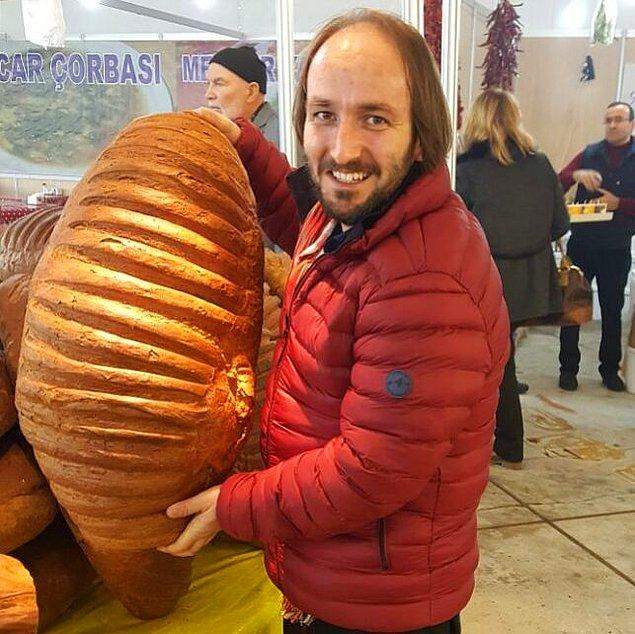 O Ses Türkiye'nin eski şampiyonu Hasan Doğru'nun yarışma sırası ve sonrasında lokantada çalışması şaşırtmıştı.