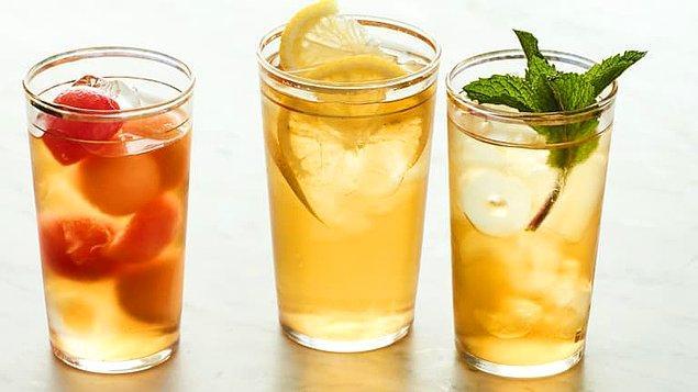 6. İçeceklerinize birkaç parça buz atın.