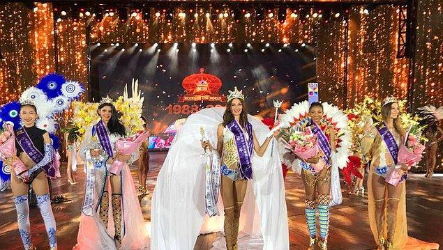 Kraliçe seçilen Pınar Tartan'ın son beşe kaldığı yarışmada, Kongo güzeli 2'nci, Uruguay güzeli 3'üncü, Polonya güzeli 4'üncü, Çin güzeli ise 5'inci oldu.
