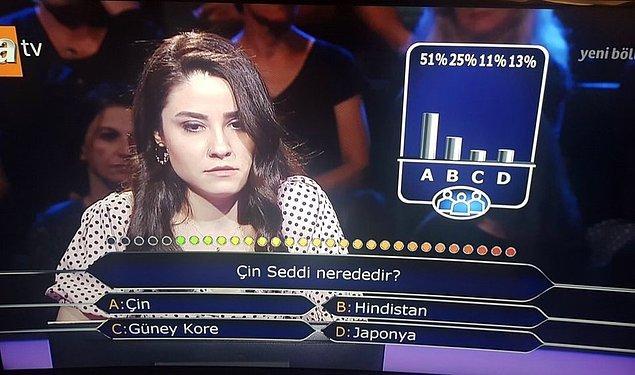 """18. """"Kim Milyoner Olmak İster"""" yarışmasında """"Çin Seddi nerededir?"""" sorusuna iki joker kullanan yarışmacı"""