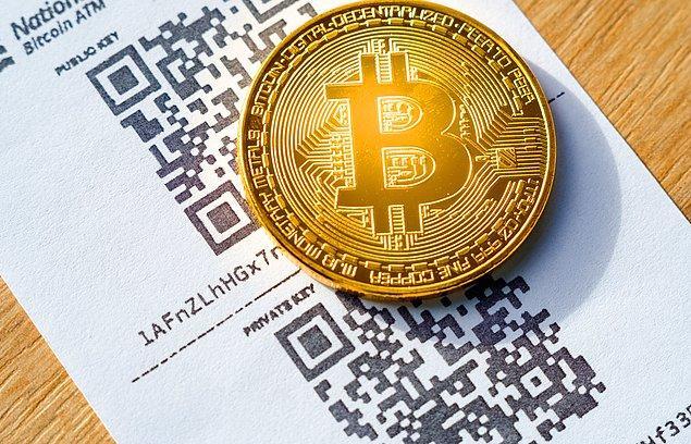 Bitcoin Ekim 2017'den bu yana ilk kez 5 bin dolar seviyesinin altına indi.