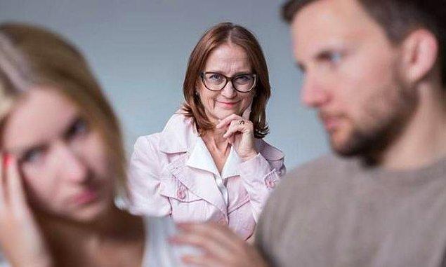 5. Yaşanan üçlü tartışmalarda annesine kıyamadığı için hep onun tarafında olur.