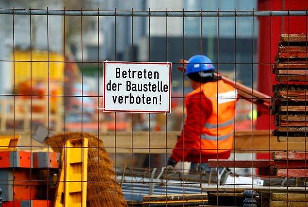 İş amaçlı Almanya'ya gelecek olanların iş aradığı sürece geçimini sağlayacağını belgelemesi gerekecek.