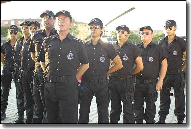 25. Çok Özel Tim (2007) IMDb: 2.5